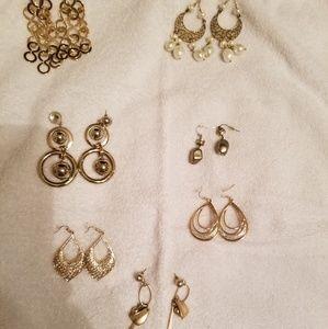 EUC Gold Toned Earring Bundle